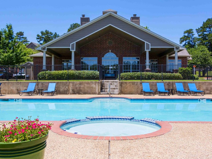 Apartments in Longview, TX pool