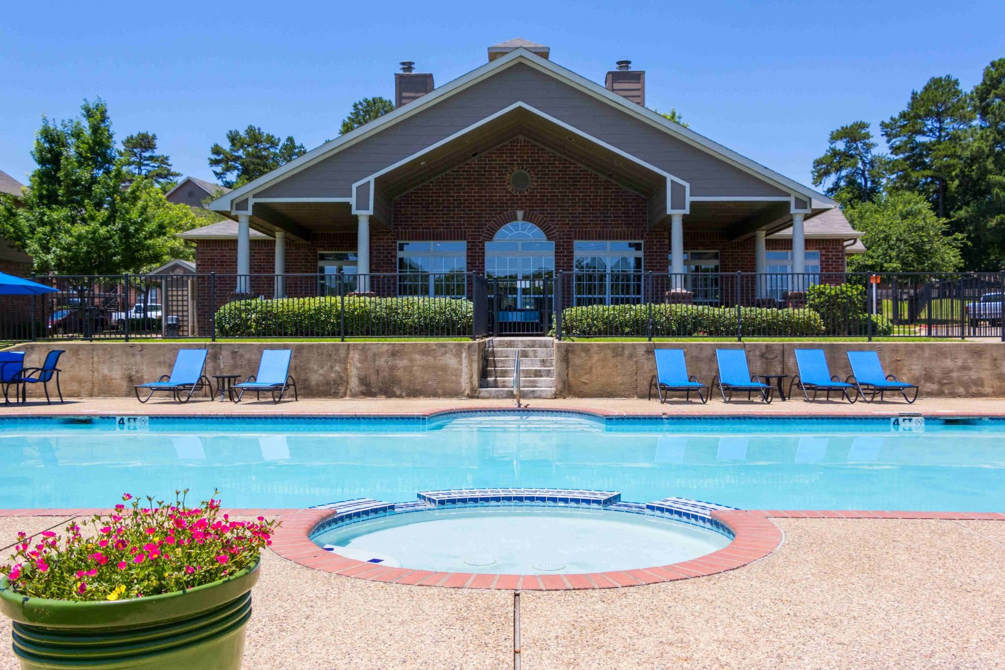 Sparkling Swimming Pool at Summer Brook Apartments in Longview, TX,