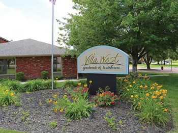 2744 SW Villa West Dr 1-3 Beds Apartment for Rent Photo Gallery 1