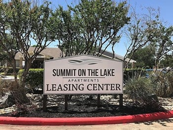 6555 Shady Oaks Manor Drive 1-2 Beds Apartment for Rent Photo Gallery 1