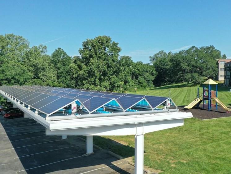 Kansas city MO apartments with solar panels