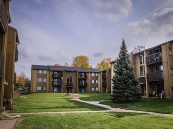 306 Milford Court 1-2 Beds Apartment for Rent Photo Gallery 1