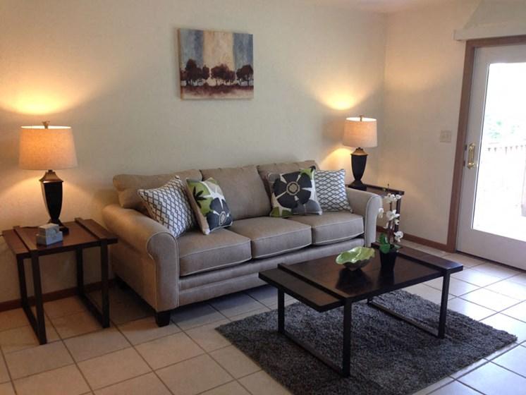 Apartments in Marquette, MI Living Room