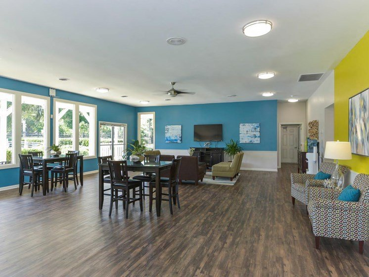 Leasing Office at The Creek Apartments
