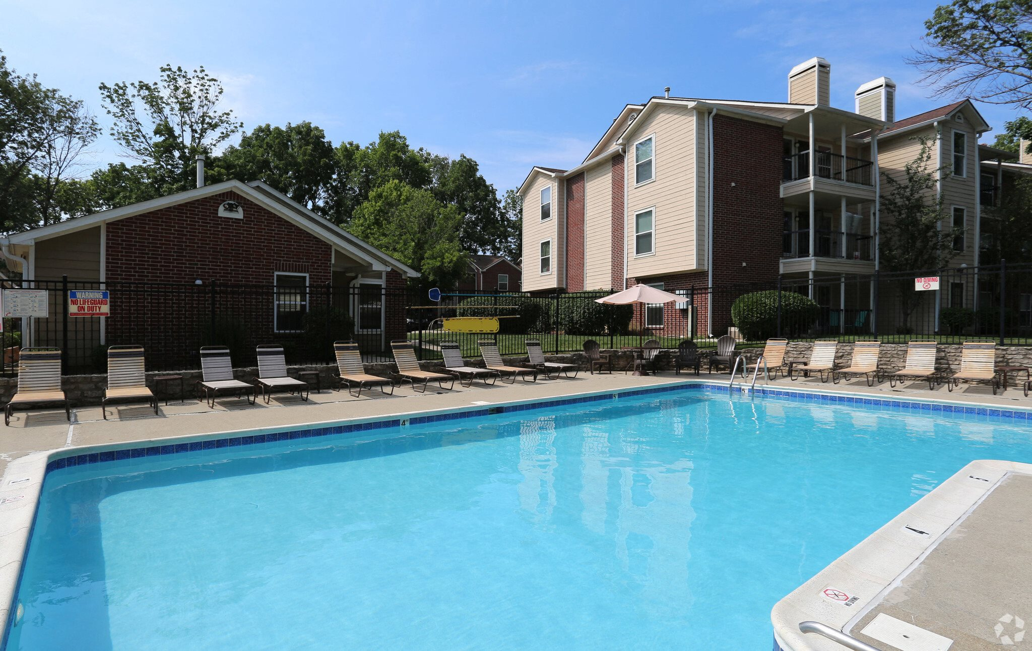 swimming pool at apartments in Kettering, Ohio