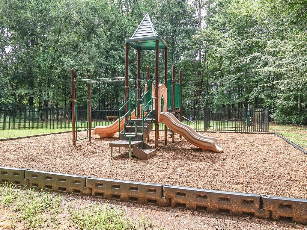 1700 Place Playground
