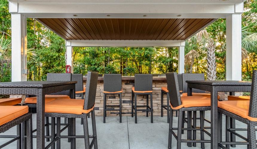 Hawthorne at Murrayville Outdoor Lounge