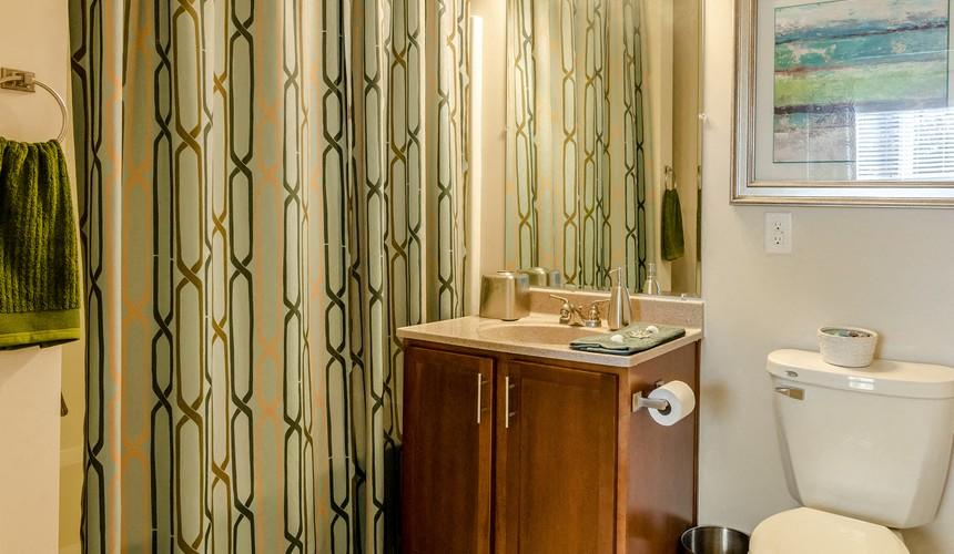 Bathroom at Hawthorne at Murrayville