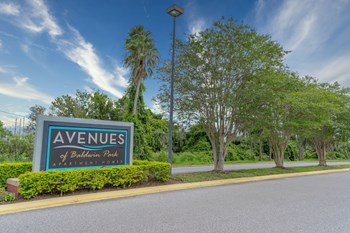 5800 Auvers Blvd 1-2 Beds Apartment for Rent Photo Gallery 1