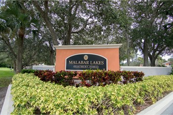 1018 Malabar Lakes Dr NE 2 Beds Apartment for Rent Photo Gallery 1