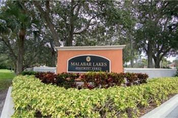 1018 Malabar Lakes Dr NE 1 Bed Apartment for Rent Photo Gallery 1