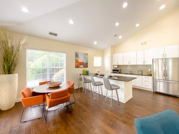 100 Woods Walk 1-3 Beds Apartment for Rent Photo Gallery 1