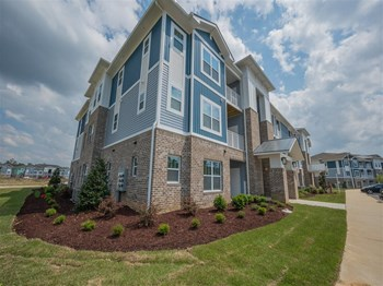 7111 Rock Fish Lane 3 Beds Apartment for Rent Photo Gallery 1