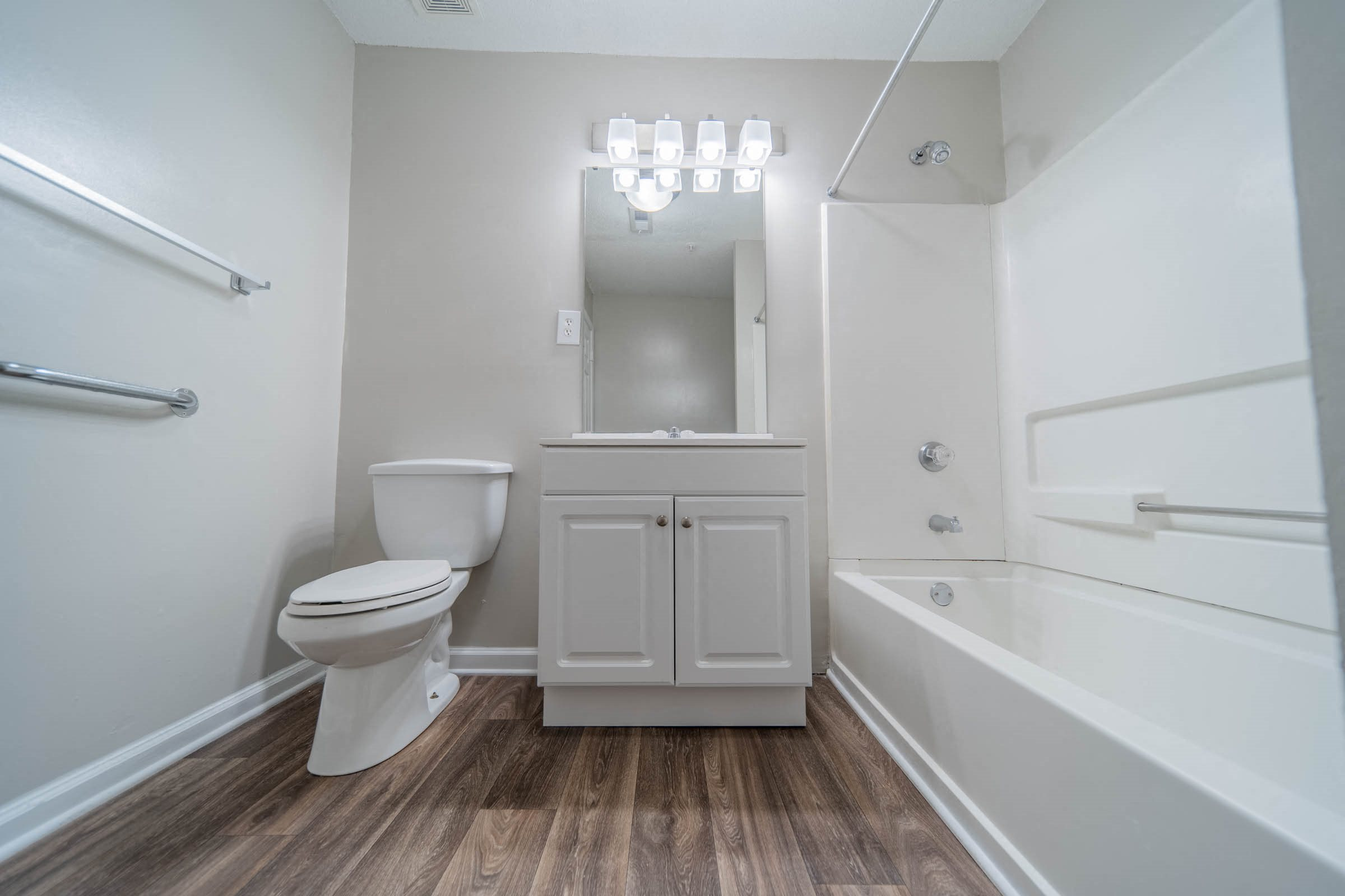 Beautiful and spacious bathrooms at Mission Triangle Point