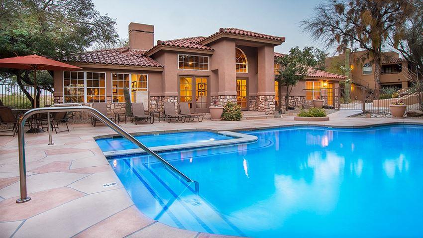 Refreshing pool at La Reserve Villas in Oro Valley AZ