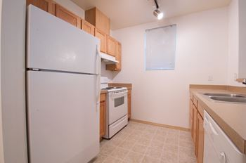23609 56th Ave W 1 Bed Apartment for Rent Photo Gallery 1