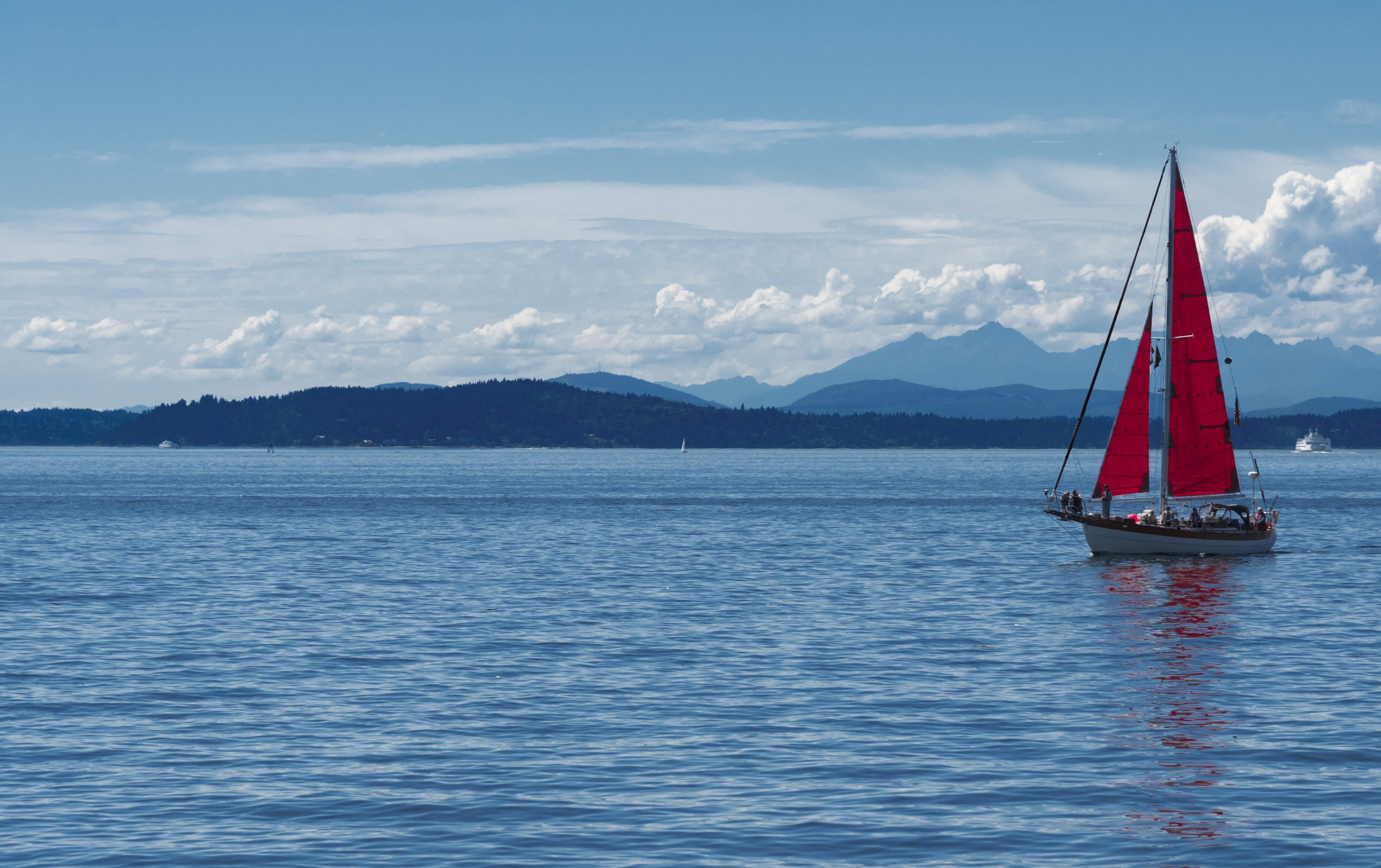 Ballard Sound View Sailboat Red Sail