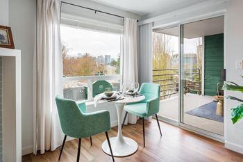 Surprising Apartments In Queen Anne Interior Design Ideas Clesiryabchikinfo