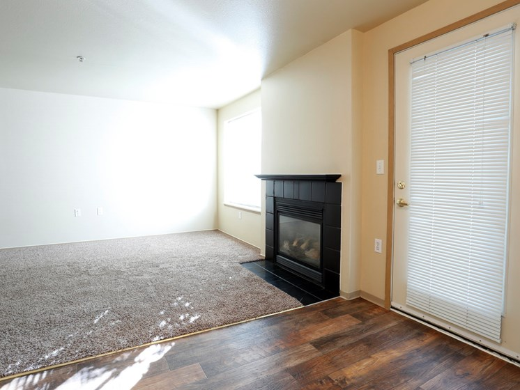 Living Room at Copper Creek, Milton, WA, 98354