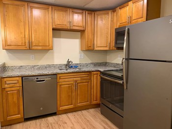 544 Central Street 1-2 Beds Apartment for Rent Photo Gallery 1