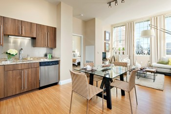 75 South Main Street 2 Beds Apartment for Rent Photo Gallery 1