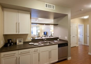 1209 Ocean Street 1-2 Beds Apartment for Rent Photo Gallery 1