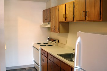 416 Main Street 1-2 Beds Apartment for Rent Photo Gallery 1