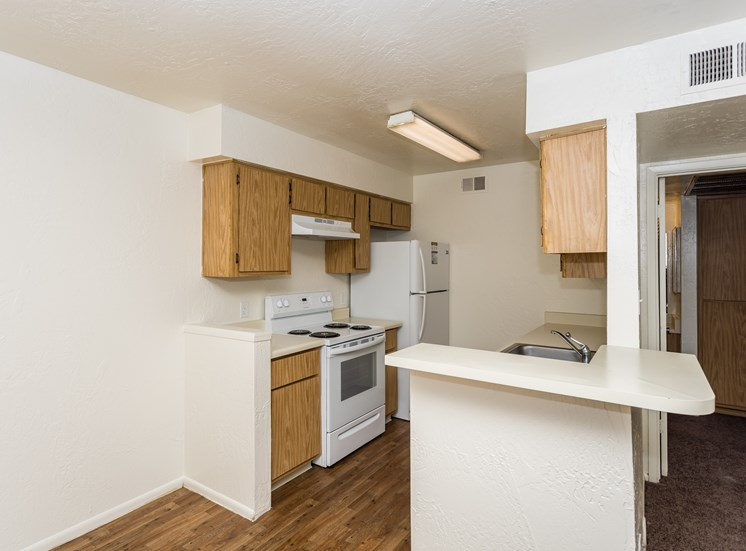 University Square One Bedroom Apartment with Full Kitchen