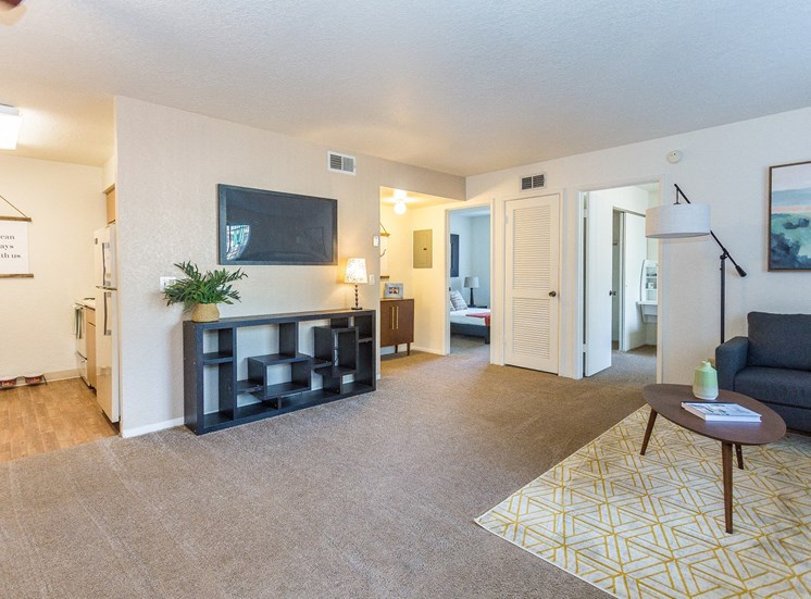 2 Bedroom 1 Bath Apartment in Flagstaff at Woodlands Village