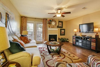 2501 River Oak Blvd 1-3 Beds Apartment for Rent Photo Gallery 1