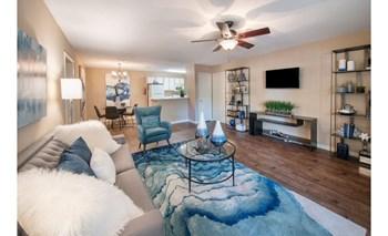 2000 Lexington Pointe Dr. 1-3 Beds Apartment for Rent Photo Gallery 1