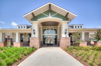 90 Kingston Crossing 1-3 Beds Apartment for Rent Photo Gallery 1