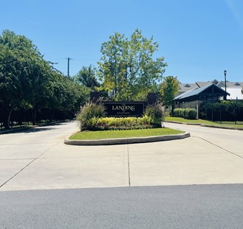 2940 Le Oaks Drive 1-3 Beds Apartment for Rent Photo Gallery 1