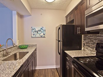 1400 Sherwood Drive 1-2 Beds Apartment for Rent Photo Gallery 1