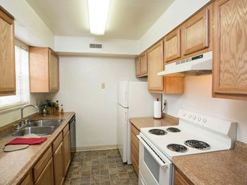 1074 Park Lane 1-3 Beds Apartment for Rent Photo Gallery 1