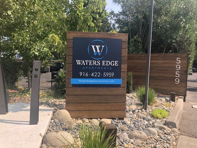 Waters Edge Apartment Monument Sign