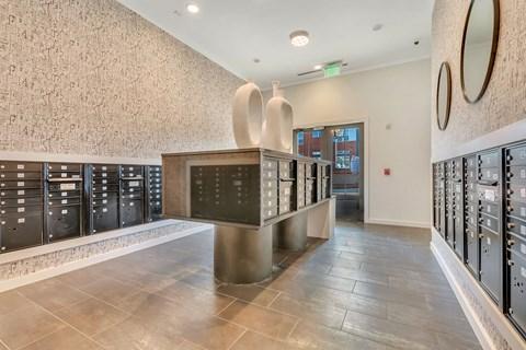 Amazon Hub Package Lockers at Alta Croft, Charlotte