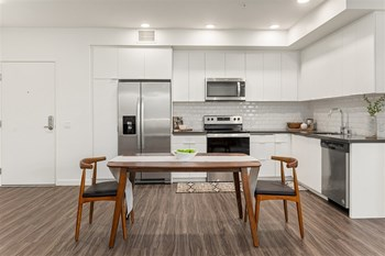 1162 E 19Th Street 1-2 Beds Apartment for Rent Photo Gallery 1