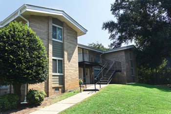 2360 Blackburn Rd SE 2 Beds Apartment for Rent Photo Gallery 1