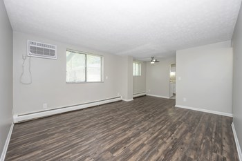 411 E Main Street 1-2 Beds Apartment for Rent Photo Gallery 1