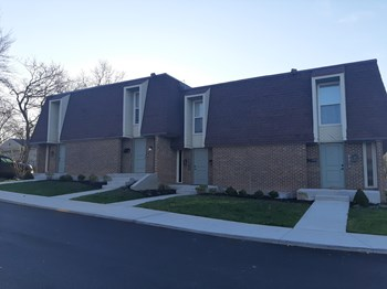 1661 Beaver Ridge Dr. 1-2 Beds Apartment for Rent Photo Gallery 1