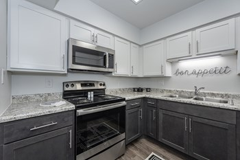 4921H Bloomfield Drive 1-2 Beds Apartment for Rent Photo Gallery 1