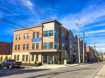 3001-A Woodburn Avenue 1-2 Beds Apartment for Rent Photo Gallery 1