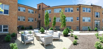 3163 Woodford Rd Studio-3 Beds Apartment for Rent Photo Gallery 1