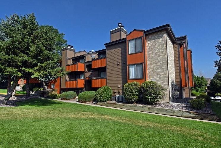 Velo | Denver, CO Apartments | Exterior