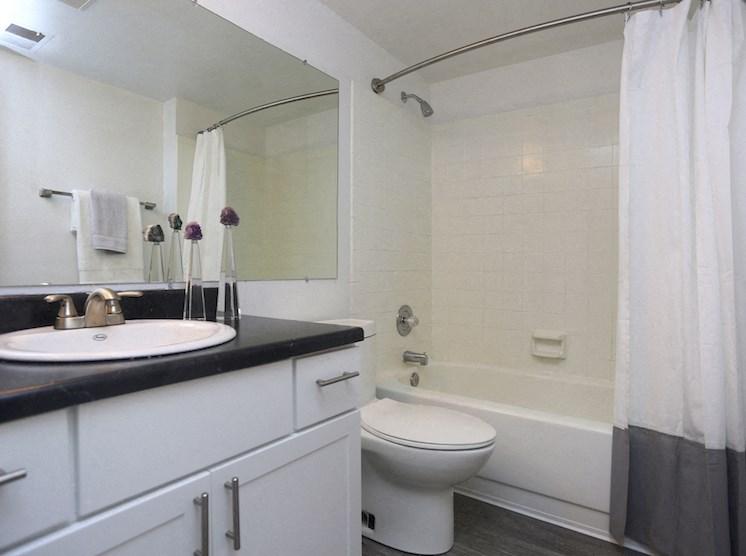 Velo | Denver, CO Apartments | Fully Remodeled Bath