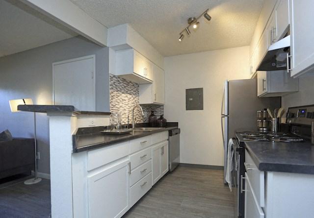 Velo | Denver, CO Apartments | Stylish Gourmet Kitchen