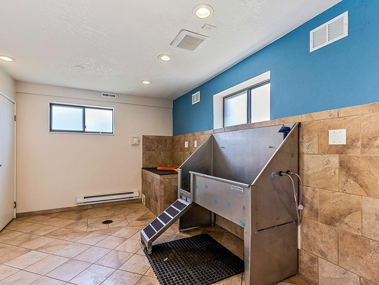 Velo | Denver, CO Apartments | Dog Wash