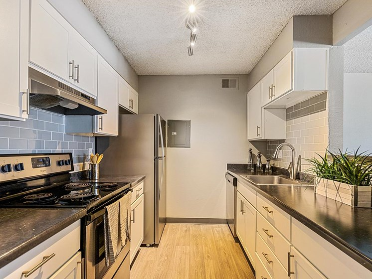 Velo | Denver, CO Apartments | Updated Kitchen