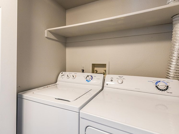 Velo | Denver, CO Apartments | In-Unit Laundry